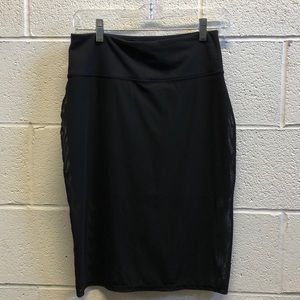 lululemon athletica Skirts - Lululemon black mesh pencil skirt size 6 61457